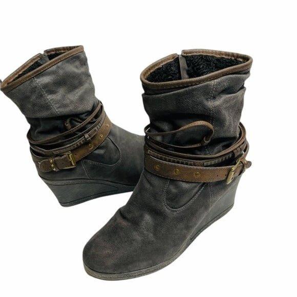 Muk Luks Gray Boots Wedge Heel Buckle Straps size 10